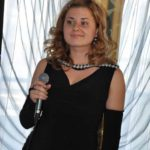 Анастасия Бут — поющая ведущая