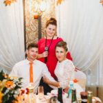 Акция: поющая ведущая на свадьбу