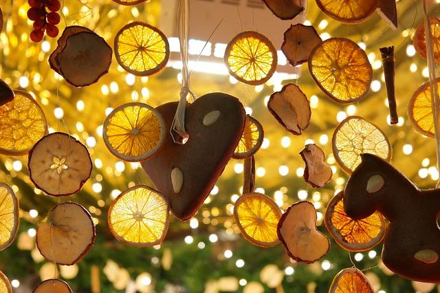 Декор свадьбы в лимонном стиле